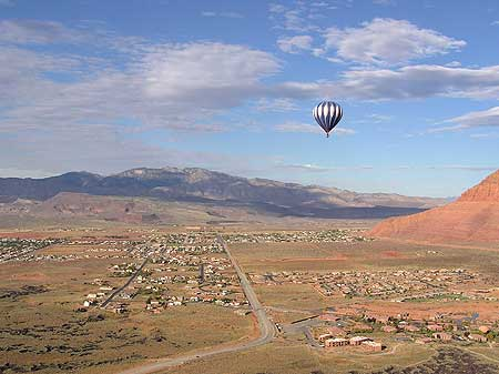 Snow Canyon Ballooning Picture 5