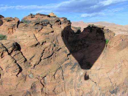 Snow Canyon Ballooning Picture 7